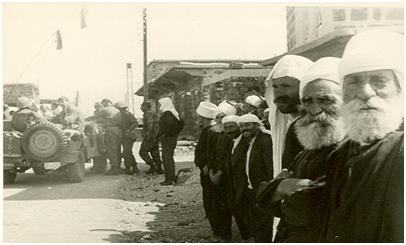הכפר הדרוזי בוקעתא,  10.6.67 – נכבדי הקהילה הדרוזית מקבלים את פניהם של לוחמינו
